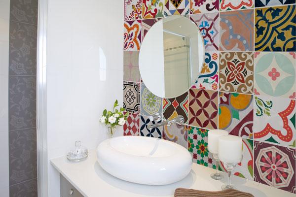 decorar lavabo antigo:De Adesivo Para Azulejo Banheiro
