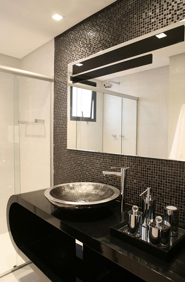 decoracao banheiro pequeno preto e branco : decoracao banheiro pequeno preto e branco:Preto e Branco – Decorando no clima do verão 2014