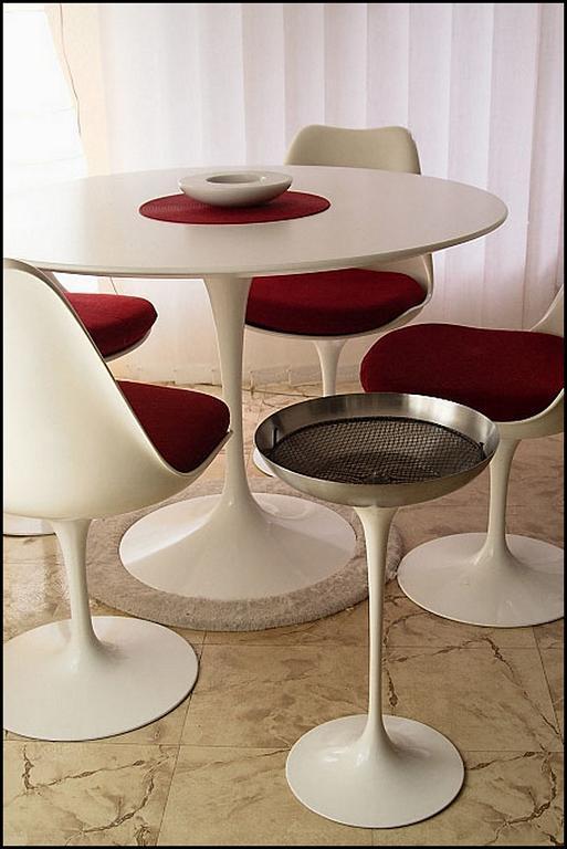 Mesa Saarinen Um 237 Cone Do Design Para Sua Casa