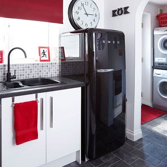 Cozinha moderna inspira o para a sua casa for Kitchen designs red and black