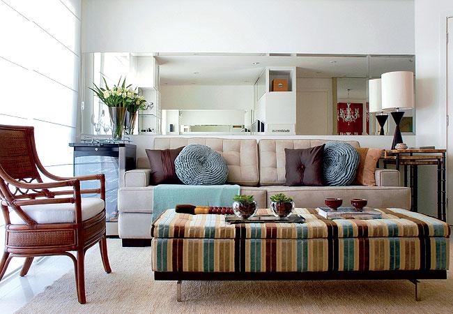 decoracao simples para ambientes pequenos : decoracao simples para ambientes pequenos:Puffs coloridos para decorar sua casa