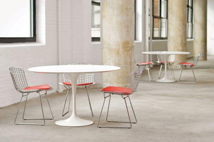 A cadeira Bertoia é a grande contribuição de Harry BertoiaA cadeira Bertoia é a grande contribuição de Harry Bertoia