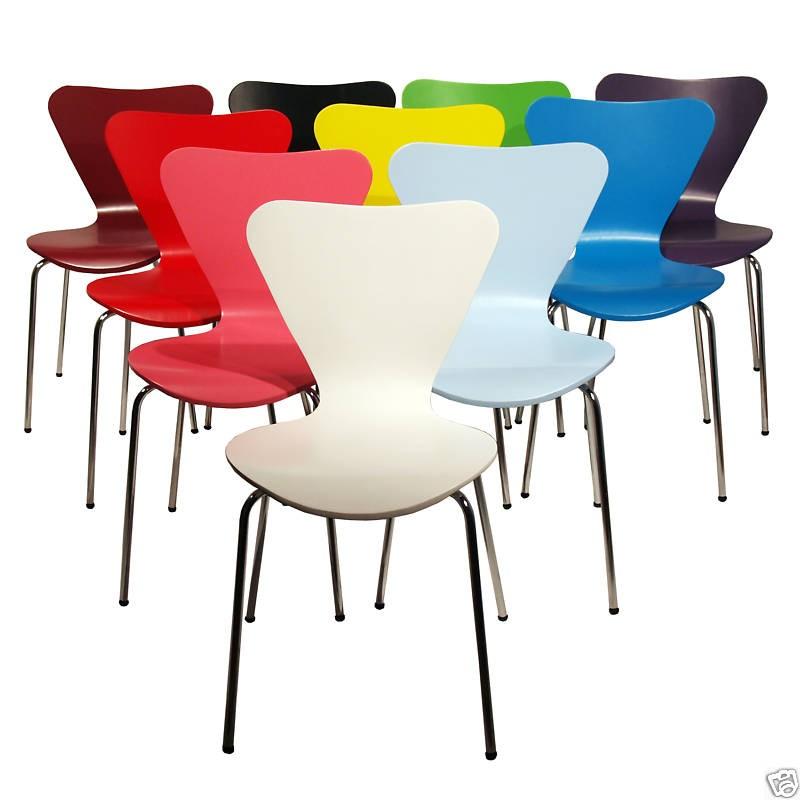 Cadeira Jacobsen é uma das mais vendidas no mundo