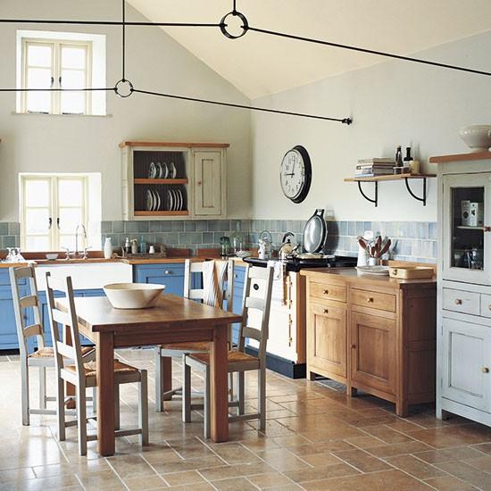 Cozinha rustica e colorida