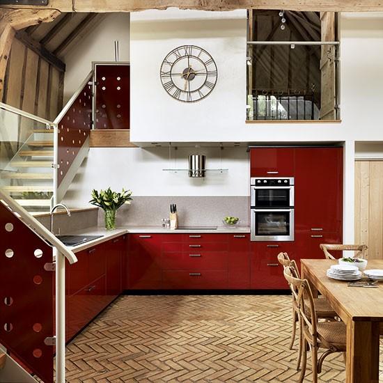 Cozinha vermelha que é uma graça