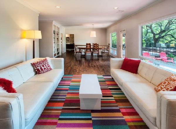 Tapetes que colocam cores na decoração