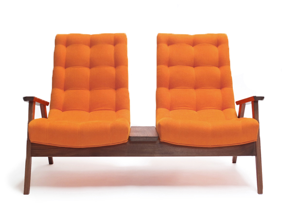 Incrivel Cadeira Retro de Dois Lugares